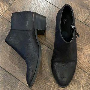 Simply Vera VeraWang Black Ankle Booties